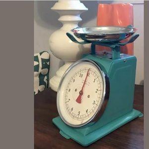 ANTHROPOLOGIE Retro Kitchen Scale Decor Turquoise